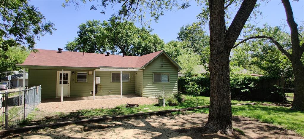 411 Bradley  Street, Denton, Texas 76201 - acquisto real estate best photo company frisco 3d listings