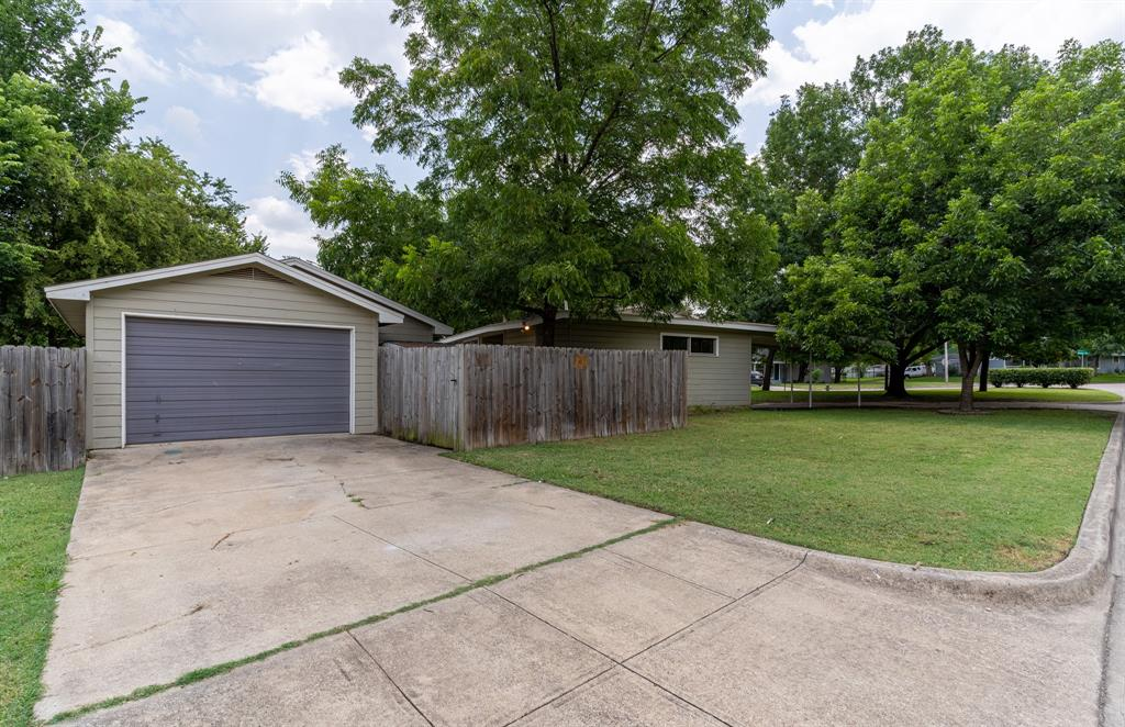 3116 Wesley  Street, Fort Worth, Texas 76111 - acquisto real estate best photo company frisco 3d listings