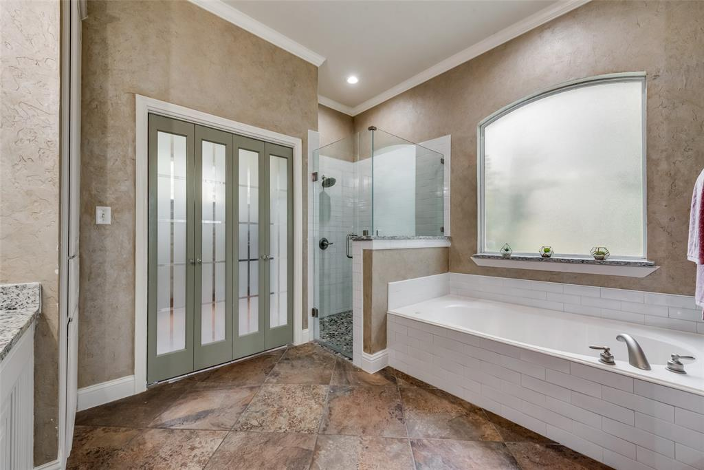 1721 Woodridge  Court, Aledo, Texas 76008 - acquisto real estate best photos for luxury listings amy gasperini quick sale real estate