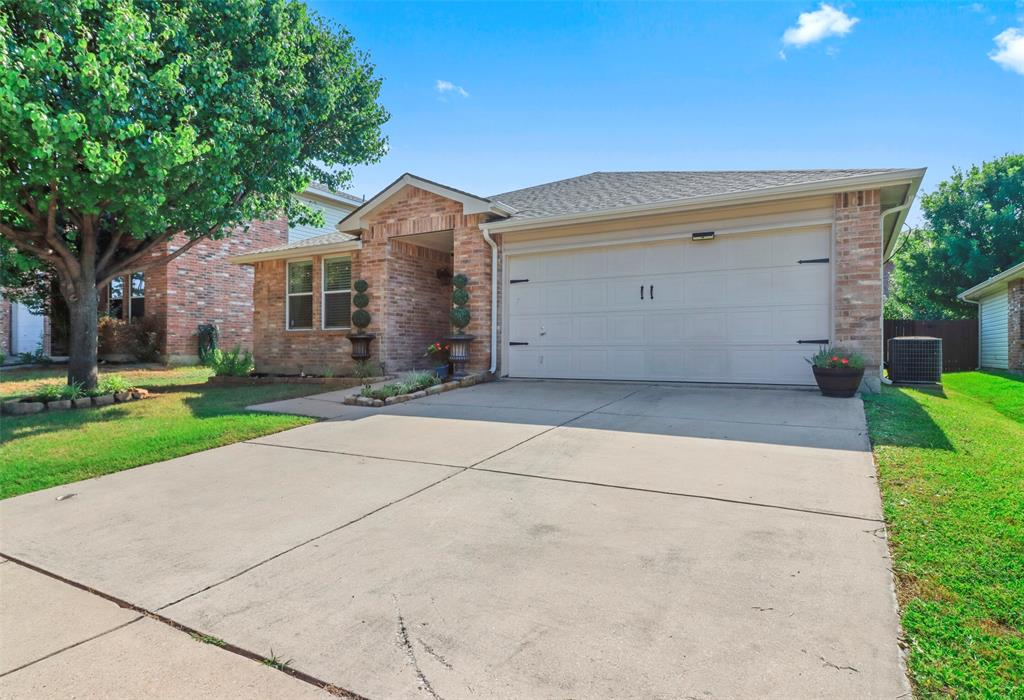 16600 Jasmine Springs  Drive, Fort Worth, Texas 76247 - acquisto real estate best the colony realtor linda miller the bridges real estate