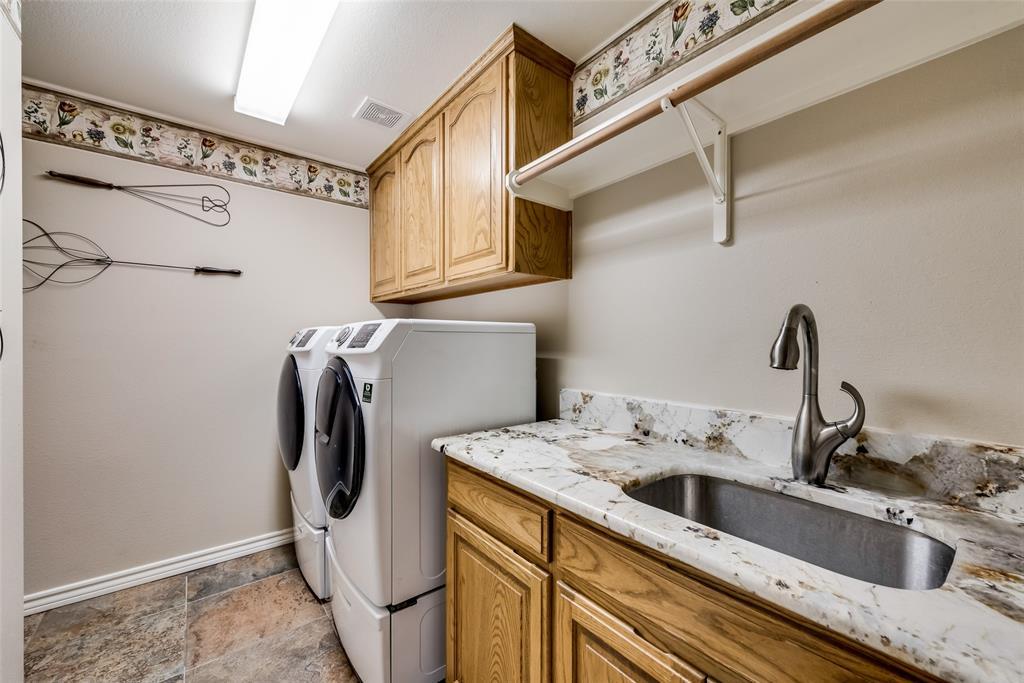 1721 Woodridge  Court, Aledo, Texas 76008 - acquisto real estate best realtor dfw jody daley liberty high school realtor