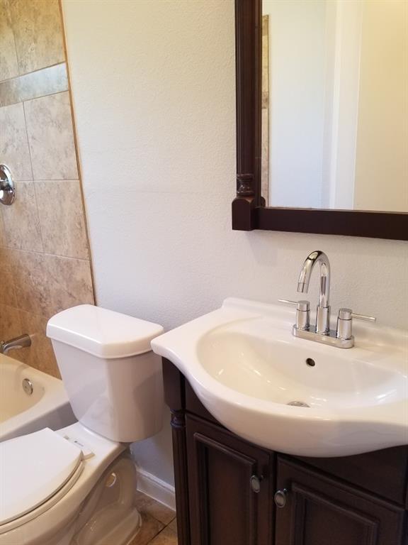 1034 Geronimo Arrow  Carrollton, Texas 75006 - acquisto real estate best real estate company in frisco texas real estate showings
