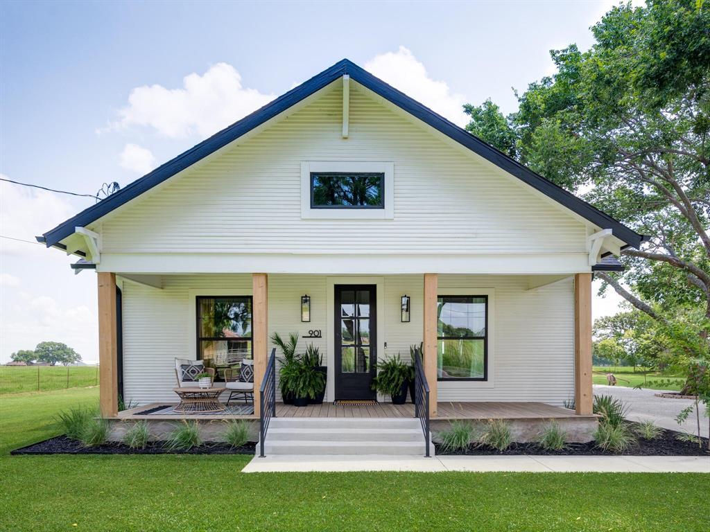 901 Debbie  Lane, Pilot Point, Texas 76258 - Acquisto Real Estate best mckinney realtor hannah ewing stonebridge ranch expert