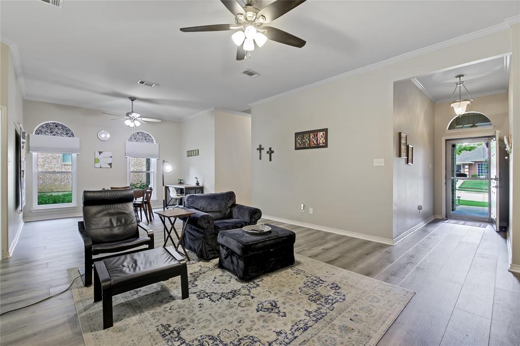 905 Canterbury  Drive, Saginaw, Texas 76179 - acquisto real estate best highland park realtor amy gasperini fast real estate service