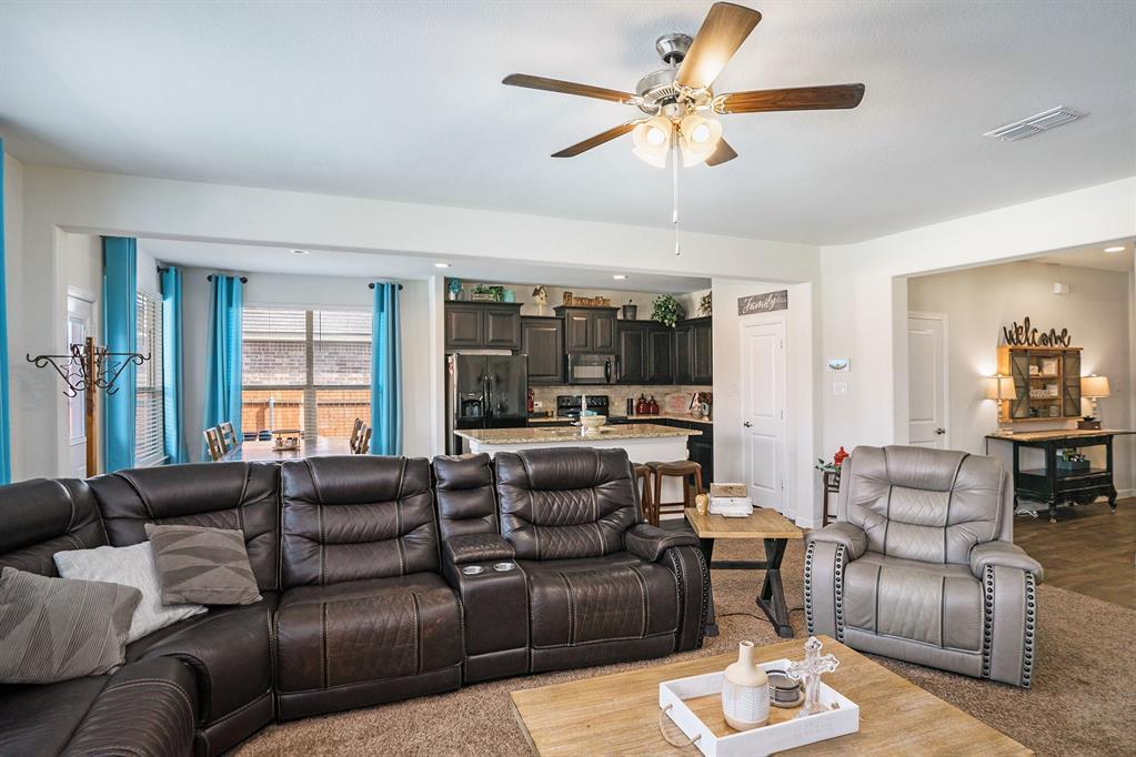 1215 Burlingame  Drive, Cleburne, Texas 76033 - acquisto real estate best celina realtor logan lawrence best dressed realtor