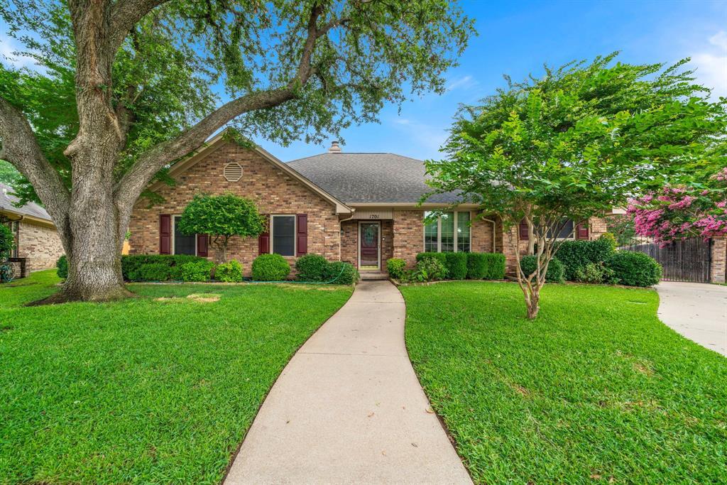 1701 Cunningham  Court, Bedford, Texas 76021 - Acquisto Real Estate best frisco realtor Amy Gasperini 1031 exchange expert