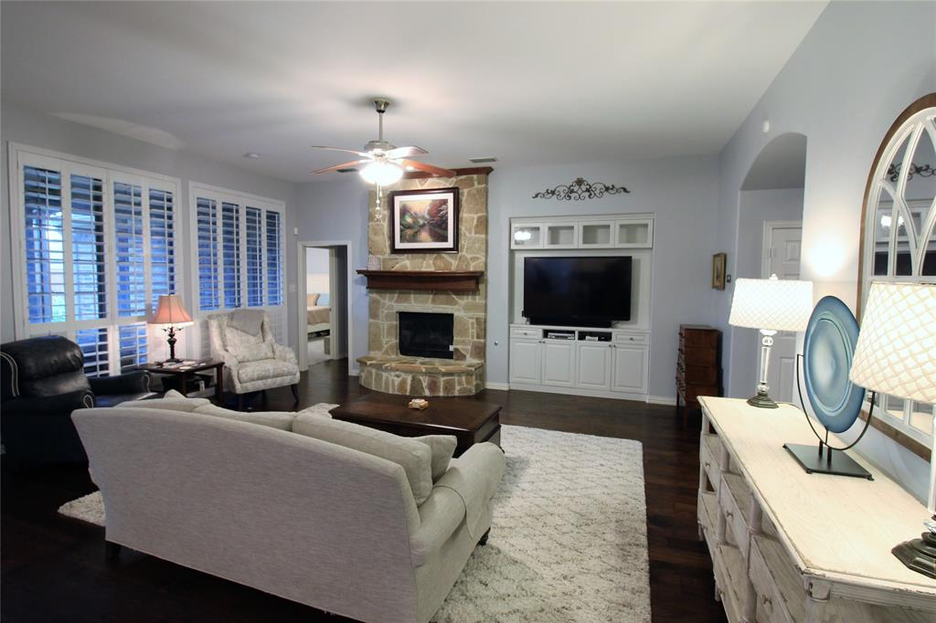 7109 New Bury  Court, Rowlett, Texas 75089 - acquisto real estate best luxury buyers agent in texas shana acquisto inheritance realtor