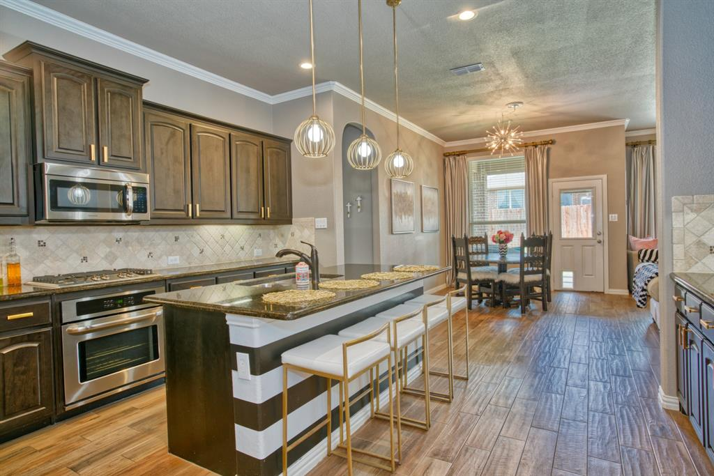201 Mineral Point  Drive, Aledo, Texas 76008 - acquisto real estate best new home sales realtor linda miller executor real estate