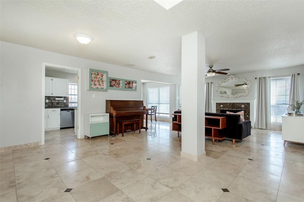 5118 Glen Vista  Drive, Garland, Texas 75044 - acquisto real estate best celina realtor logan lawrence best dressed realtor