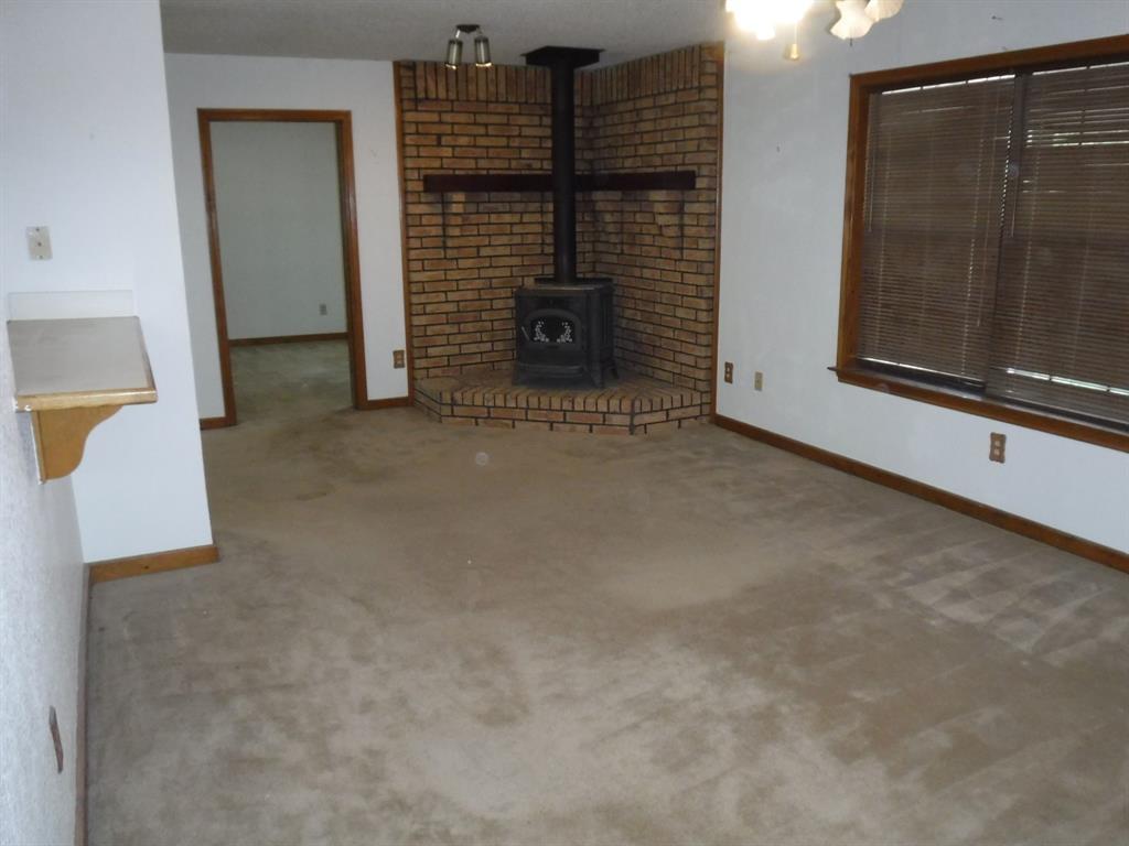 155 Spring Valley  Road, Paradise, Texas 76073 - acquisto real estate best designer and realtor hannah ewing kind realtor