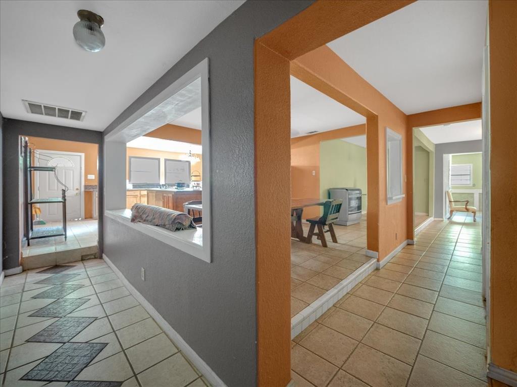 1850 Pollard  Street, Dallas, Texas 75208 - acquisto real estate best realtor foreclosure real estate mike shepeherd walnut grove realtor
