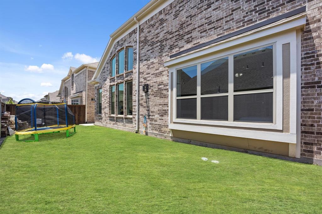 8251 Lindsay  Gardens, The Colony, Texas 75056 - acquisto real estate mvp award real estate logan lawrence