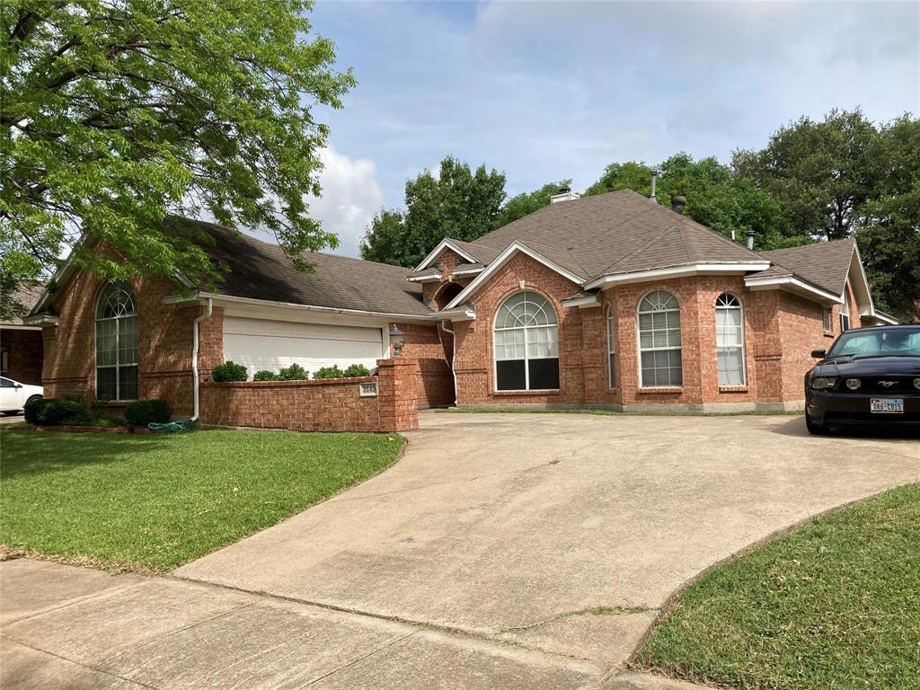 3149 Waterside  Drive, Arlington, Texas 76012 - Acquisto Real Estate best frisco realtor Amy Gasperini 1031 exchange expert
