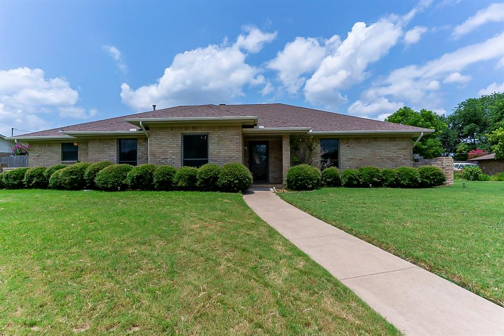 707 Corinthian  Place, Duncanville, Texas 75137 - Acquisto Real Estate best frisco realtor Amy Gasperini 1031 exchange expert
