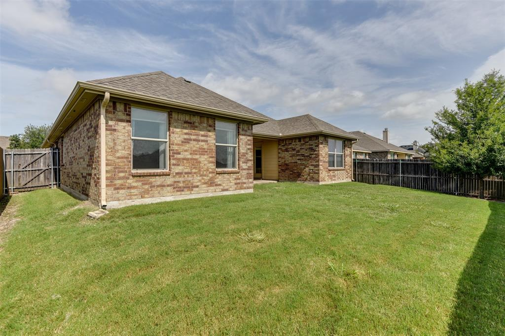 152 Horseshoe  Bend, Waxahachie, Texas 75165 - acquisto real estate best realtor foreclosure real estate mike shepeherd walnut grove realtor