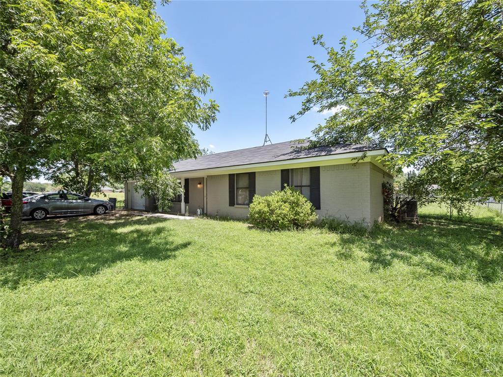 3032 Liberty  Drive, Corsicana, Texas 75110 - Acquisto Real Estate best frisco realtor Amy Gasperini 1031 exchange expert