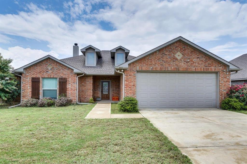 203 Baker  Drive, Ennis, Texas 75119 - Acquisto Real Estate best frisco realtor Amy Gasperini 1031 exchange expert