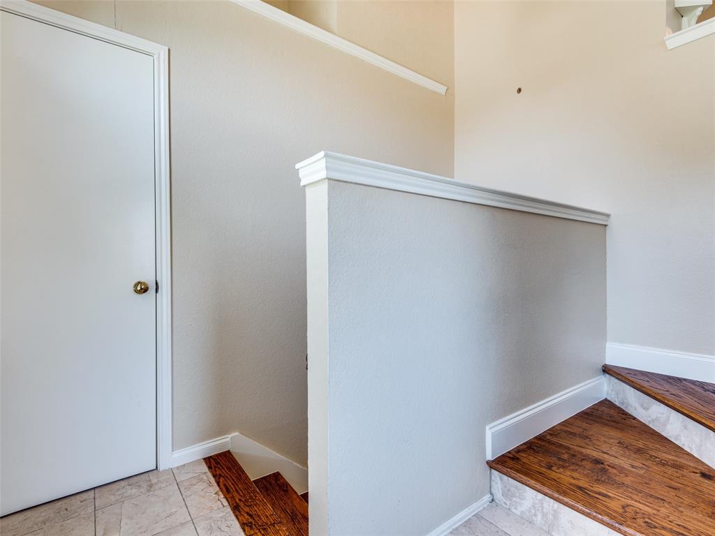 1607 San Francisco  Street, Carrollton, Texas 75007 - acquisto real estate best prosper realtor susan cancemi windfarms realtor