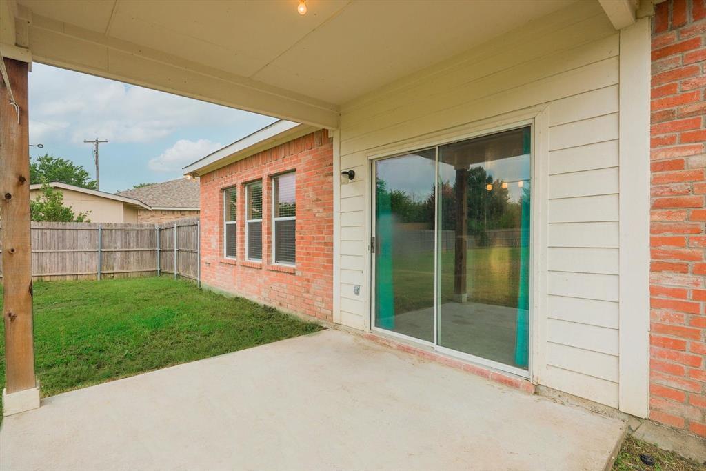 112 Jennie Marie  Circle, Ferris, Texas 75125 - acquisto real estate mvp award real estate logan lawrence