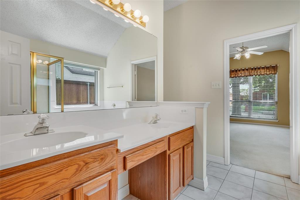 1148 Taylor  Lane, Lewisville, Texas 75077 - acquisto real estate best realtor dfw jody daley liberty high school realtor