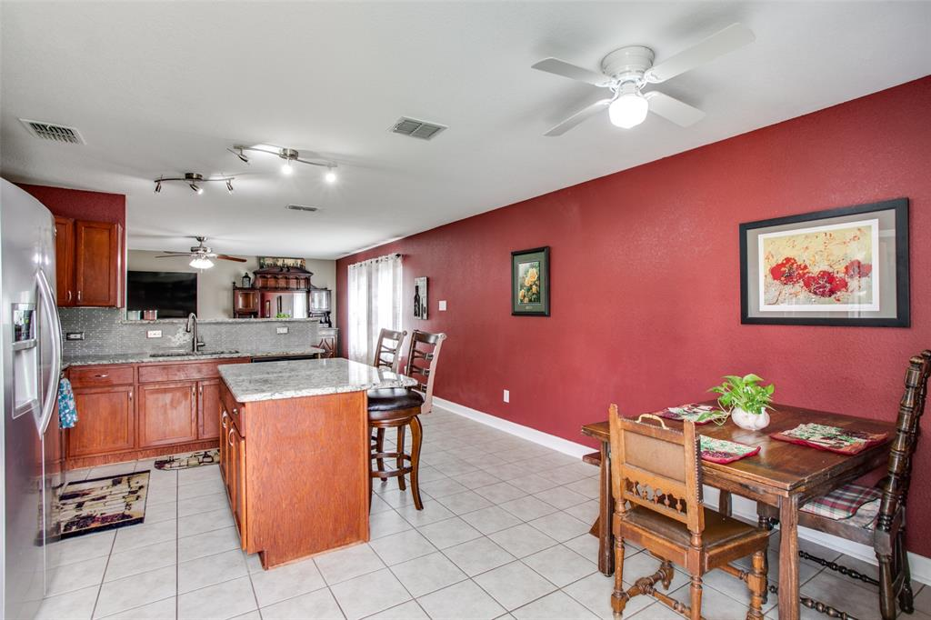 841 San Miguel  Trail, Fort Worth, Texas 76052 - acquisto real estate best photos for luxury listings amy gasperini quick sale real estate