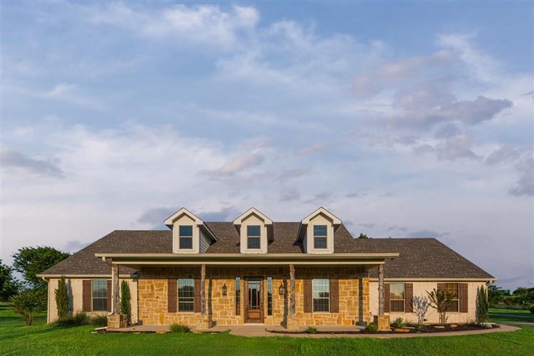 603 Lantana  Drive, Granbury, Texas 76049 - Acquisto Real Estate best frisco realtor Amy Gasperini 1031 exchange expert
