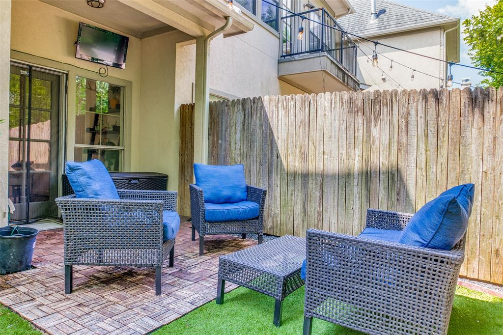 8821 Tudor  Place, Dallas, Texas 75228 - acquisto real estate best realtor dfw jody daley liberty high school realtor