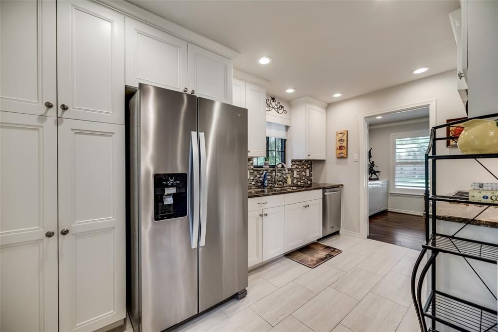 925 Teakwood  Drive, Richardson, Texas 75080 - acquisto real estate best real estate company in frisco texas real estate showings