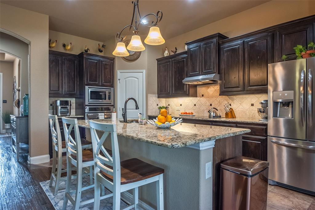 5617 Iceberg  Court, Midlothian, Texas 76065 - acquisto real estate best real estate company to work for
