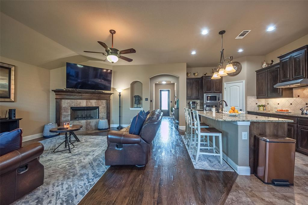 5617 Iceberg  Court, Midlothian, Texas 76065 - acquisto real estate best highland park realtor amy gasperini fast real estate service