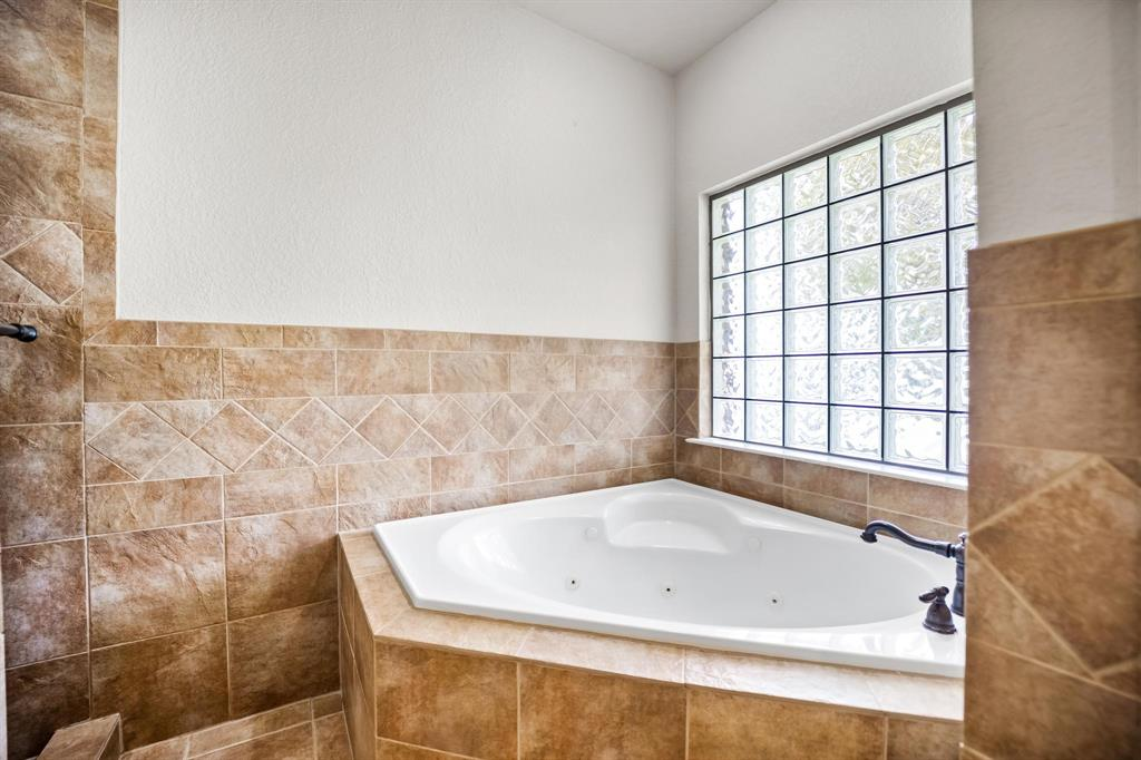 208 Bluff View  Aledo, Texas 76008 - acquisto real estate best photo company frisco 3d listings