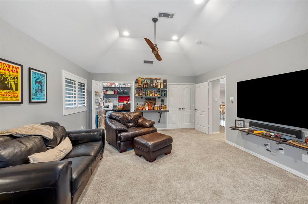 8324 Thorncrest  Court, North Richland Hills, Texas 76182 - acquisto real estate best frisco real estate agent amy gasperini panther creek realtor