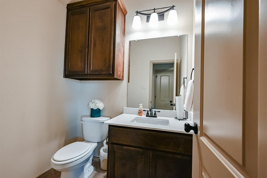 3016 Capital Hill  Drive, Burleson, Texas 76028 - acquisto real estate best real estate company in frisco texas real estate showings