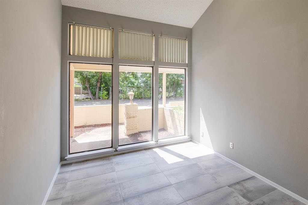 3105 Arkansas  Lane, Dalworthington Gardens, Texas 76016 - acquisto real estate best real estate company to work for