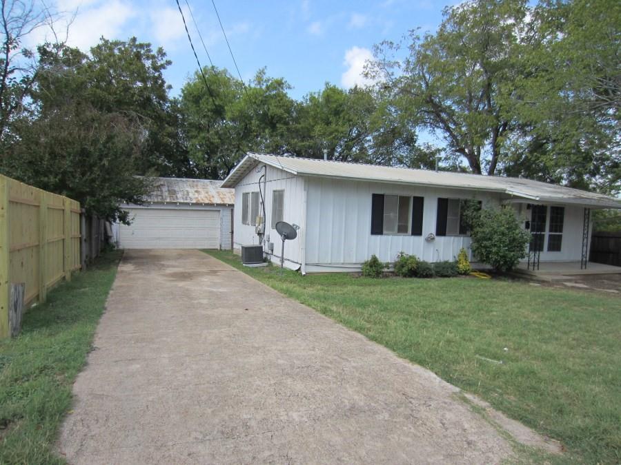 102 Hamil  Street, Mansfield, Texas 76063 - Acquisto Real Estate best frisco realtor Amy Gasperini 1031 exchange expert