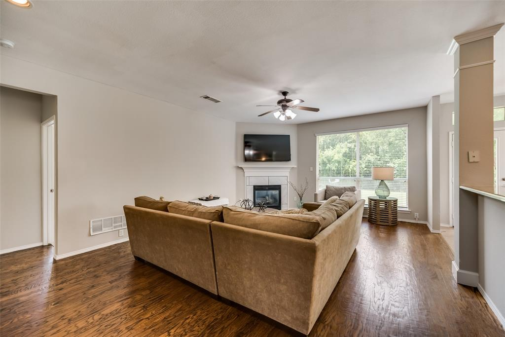 2077 Sleepy Hollow  Trail, Frisco, Texas 75033 - acquisto real estate best real estate company to work for