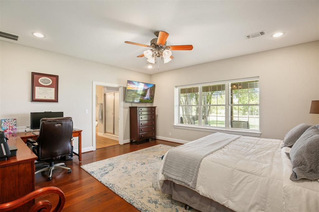 1926 Milam  Road, Sanger, Texas 76266 - acquisto real estate best listing agent in the nation shana acquisto estate realtor
