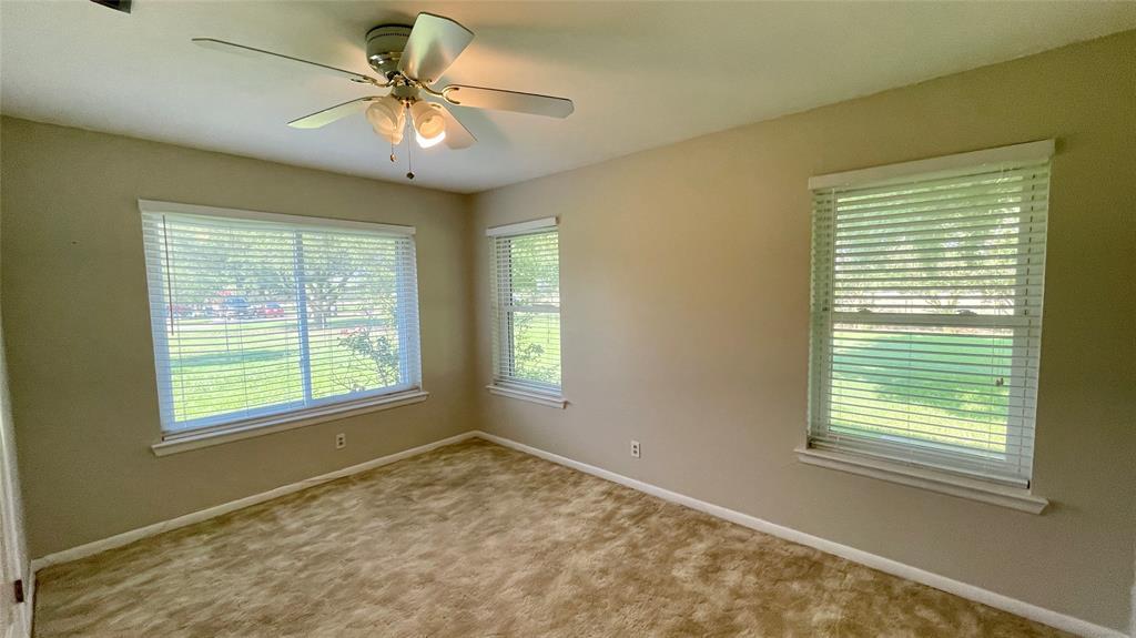 8447 State Highway 34  Oak Ridge, Texas 75161 - acquisto real estate best new home sales realtor linda miller executor real estate