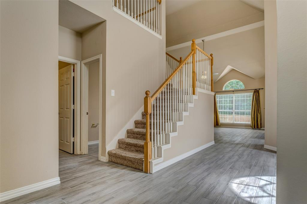 420 Misty  Lane, Lewisville, Texas 75067 - acquisto real estate best new home sales realtor linda miller executor real estate