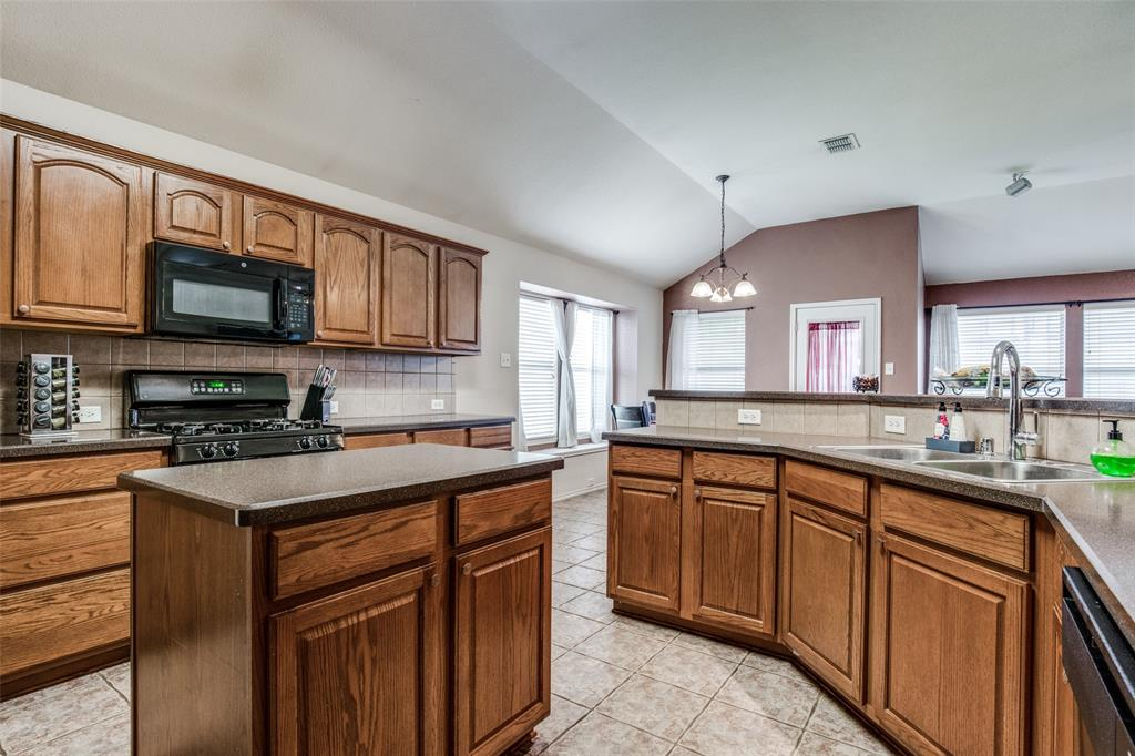 2100 Songbird  Drive, Forney, Texas 75126 - acquisto real estate best real estate company to work for