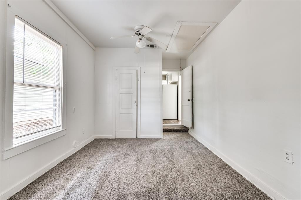 1405 West  Street, Arlington, Texas 76010 - acquisto real estate best photos for luxury listings amy gasperini quick sale real estate