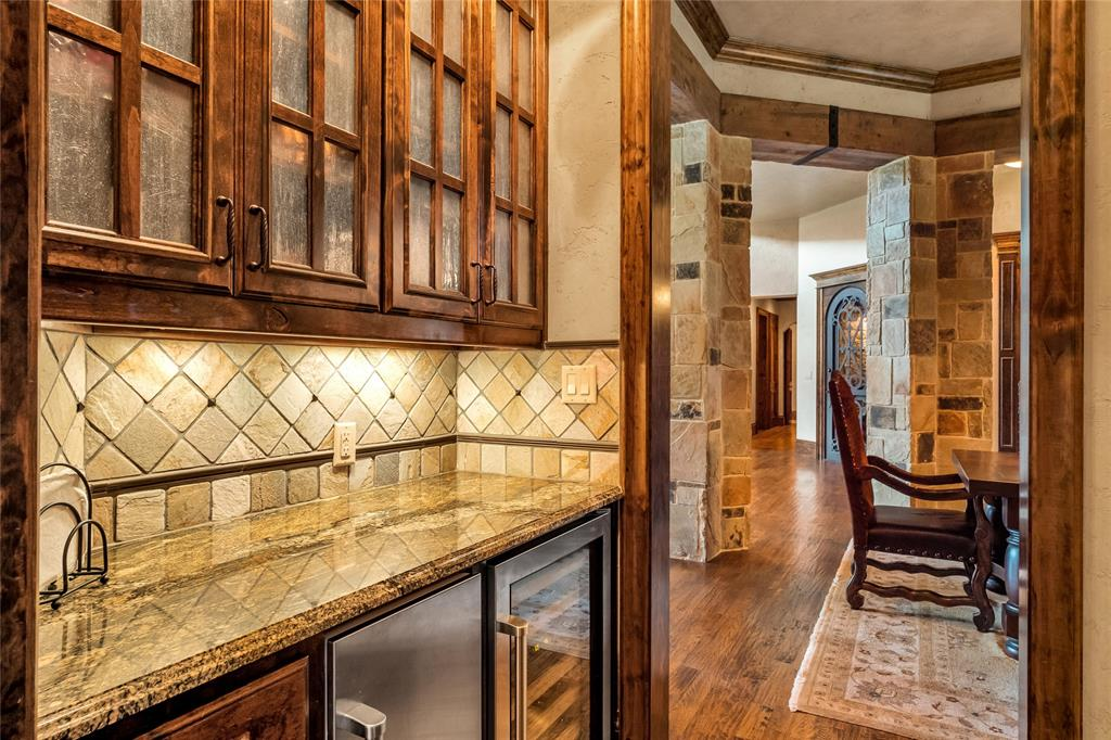 1325 Appaloosa  Circle, Bartonville, Texas 76226 - acquisto real estaet best boutique real estate firm in texas for high net worth sellers