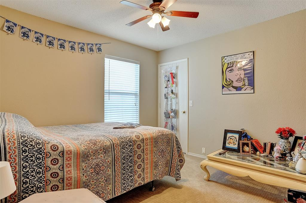 1113 Mallard  Drive, Sherman, Texas 75092 - acquisto real estate best photos for luxury listings amy gasperini quick sale real estate