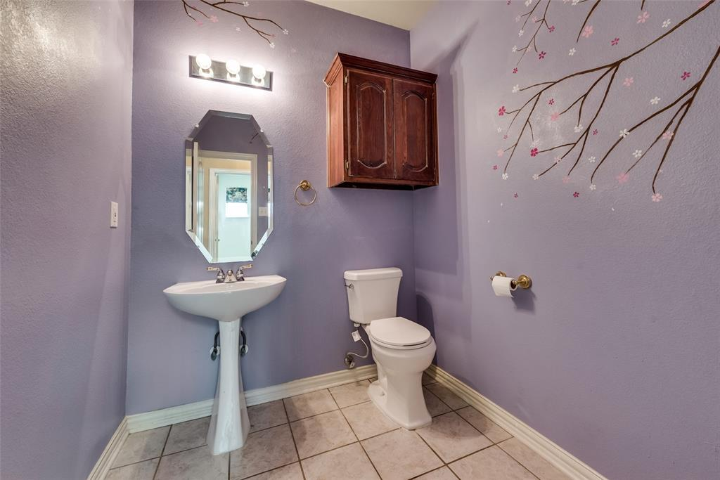 1205 Lone Star  Boulevard, Talty, Texas 75160 - acquisto real estate best looking realtor in america shana acquisto