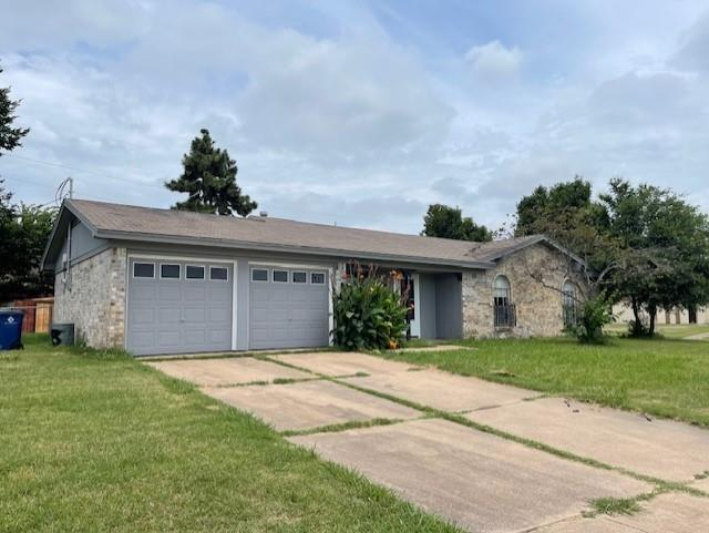 318 Murphy  Road, Burleson, Texas 76028 - Acquisto Real Estate best plano realtor mike Shepherd home owners association expert