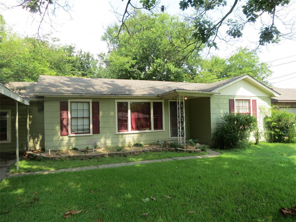298 Pecan  Street, Van, Texas 75790 - Acquisto Real Estate best plano realtor mike Shepherd home owners association expert