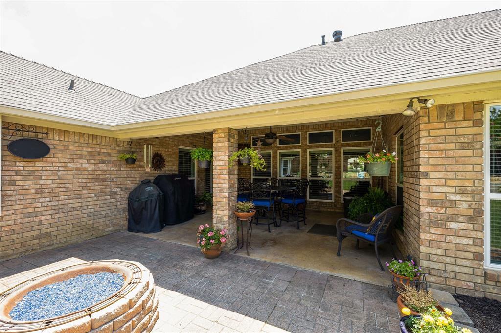 2701 Cedar Springs  Court, Bedford, Texas 76021 - acquisto real estate mvp award real estate logan lawrence