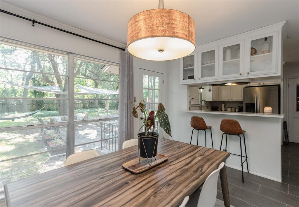 2503 Glenwood  Lane, Denton, Texas 76209 - acquisto real estate best new home sales realtor linda miller executor real estate