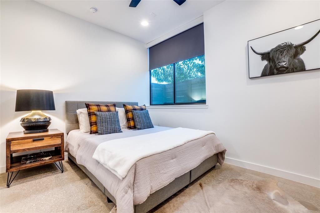 4828 Caxton  Court, Dallas, Texas 75204 - acquisto real estate best realtor dfw jody daley liberty high school realtor