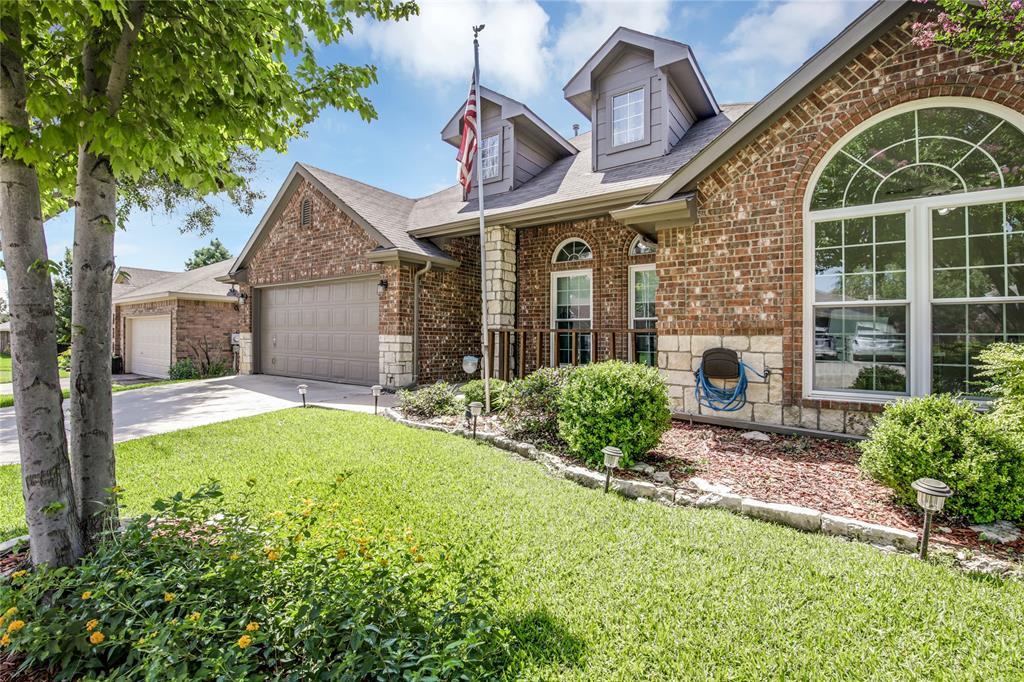 905 Canterbury  Drive, Saginaw, Texas 76179 - acquisto real estate best allen realtor kim miller hunters creek expert